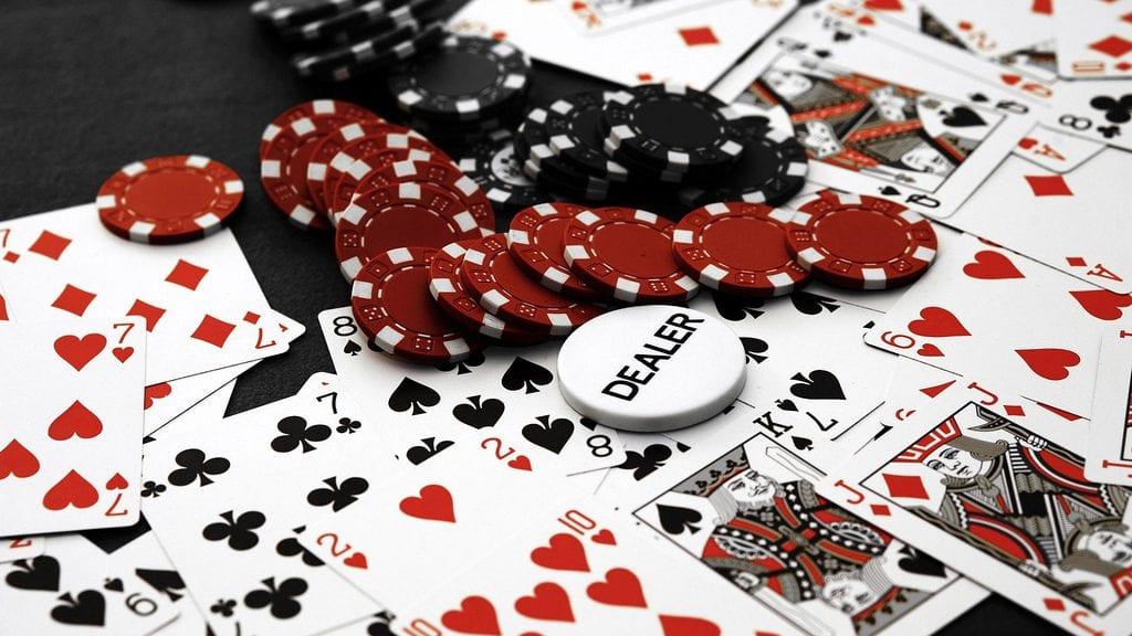 Live-Casino-flickr-ok-Dealer