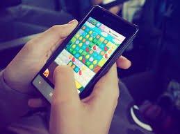 Mobile-phone-game-ok